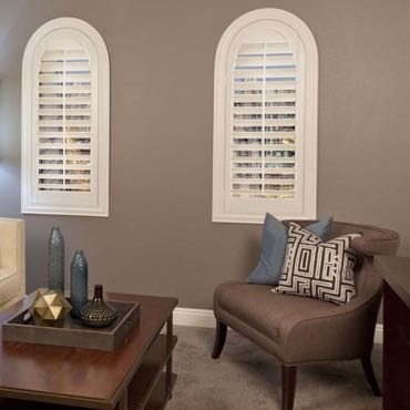 Dallas family room plantation shutters.