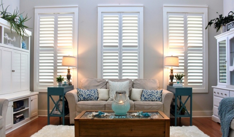 Dallas designer home with white shutters