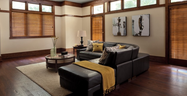 Dallas hardwood floor and blinds