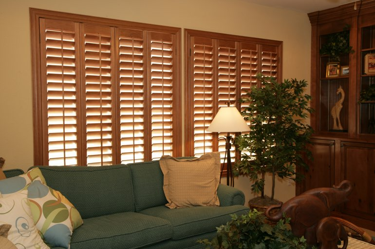 Ovation Shutters In A Dallas Living Room.